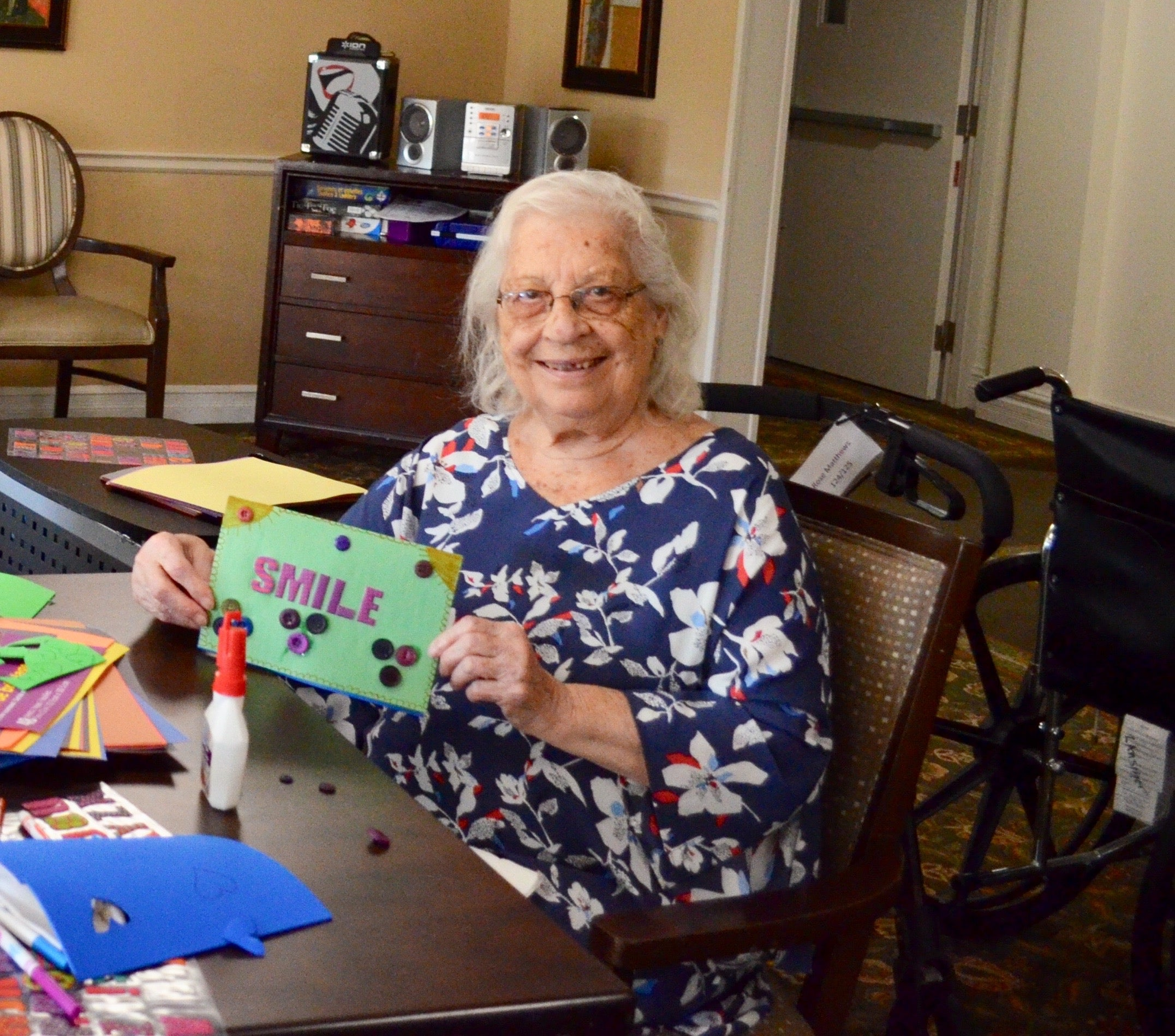 One of the seniors making cards for hospital patients at Lansing Retirement | Why I Partnered with Seniors With Skills | Thoughtfully Handmade