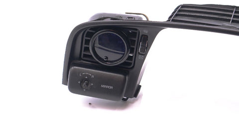 Cressida MX83 (x80) - Vent Gauge Pod (Driver Window)