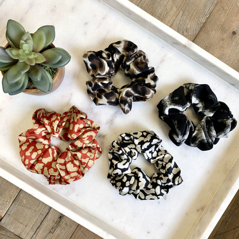 Hair Scrunchies (tie) - Leopard Print