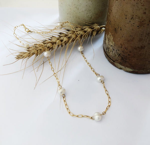 Alina Pearl and Gold Link Choker