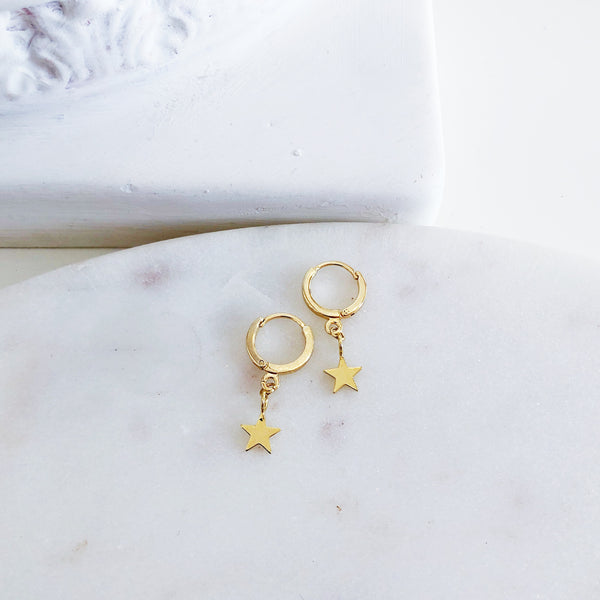 18k Gold Olsen Gold Tiny Star Hoops