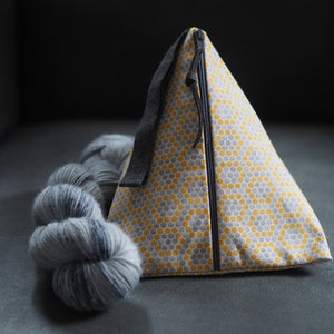 Grellow Honeycomb - Pyramid Project Bag - The Little Grey Girl