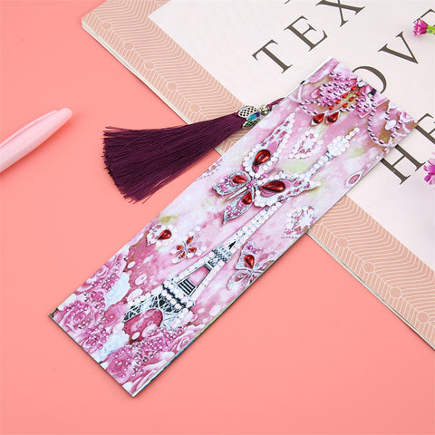 Butterfly in Paris - Diamond Painting Bookmark