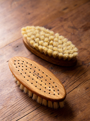 Iris Hantverk Body Brush