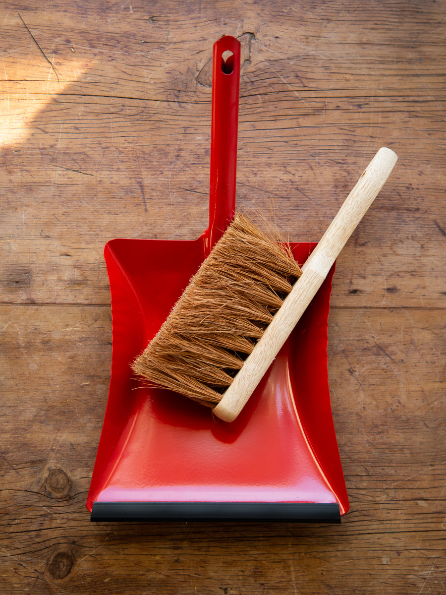 Red Enamel Dust Pan