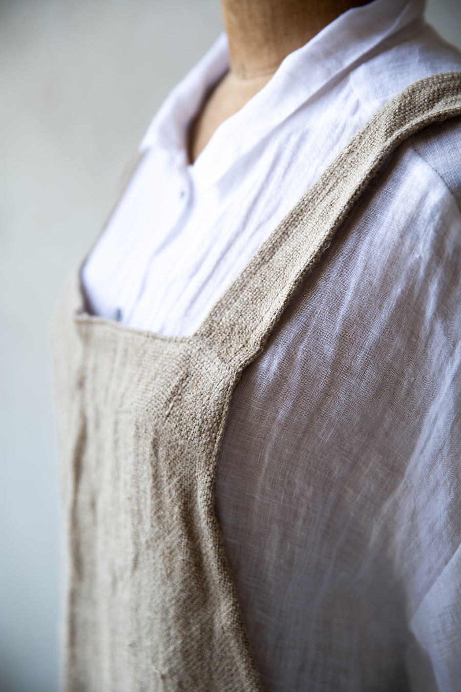 Loomed Linen cross back apron