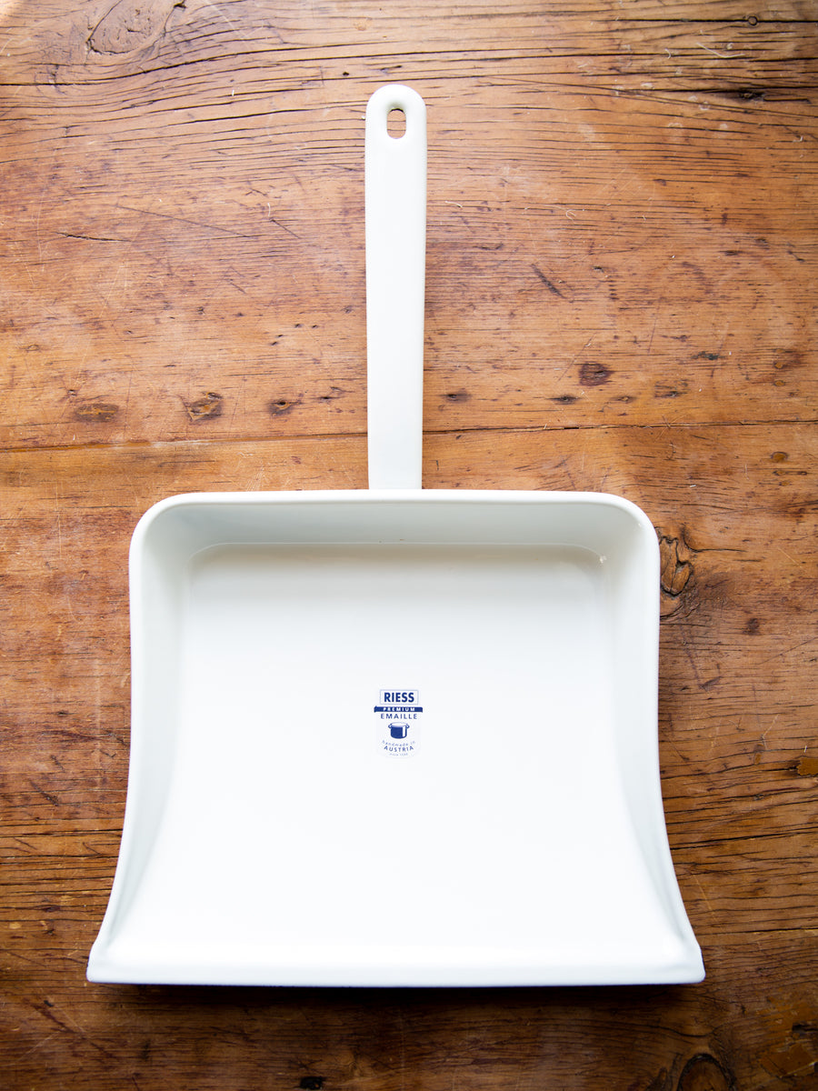 White Enamel Dustpan