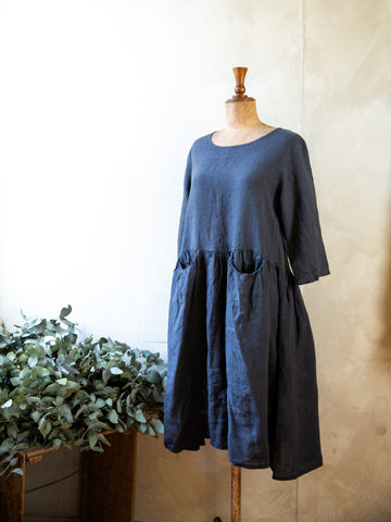 Talia Benson Linen pocket dress- Navy