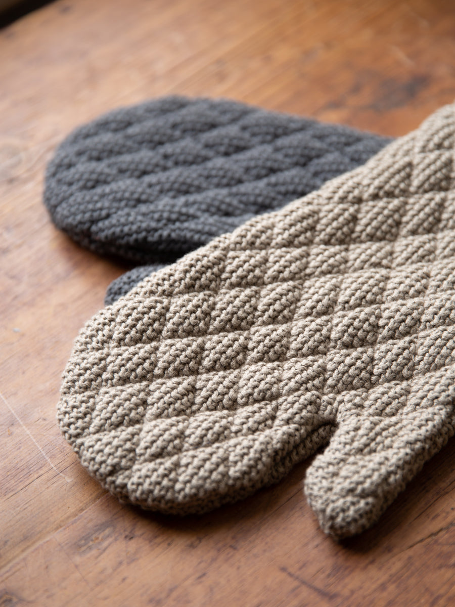 Traditional Cotton Oven MItts