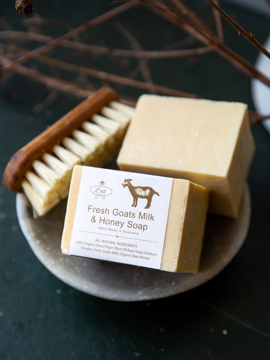 Chunky Goats Milk & Honey Soap Block