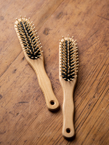Medium hair Brush