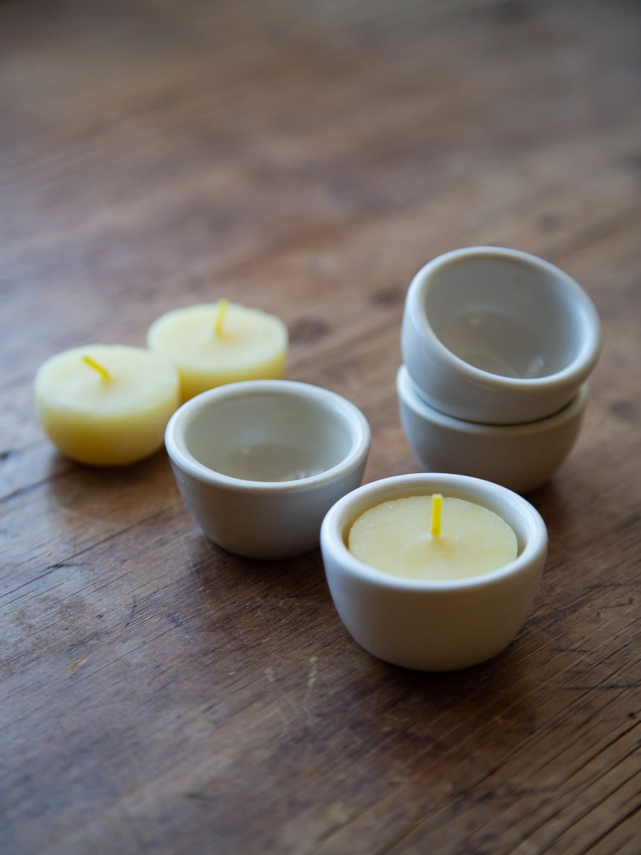 Tea light dish