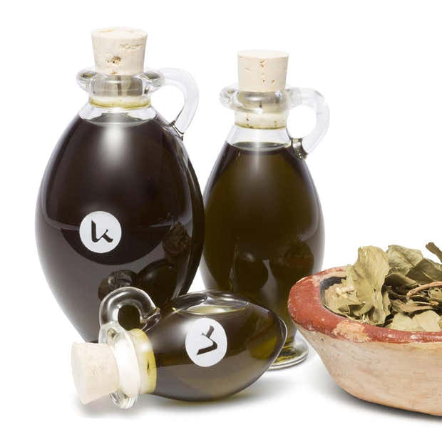 Henna Oil   100% pure, cold-pressed oil for healthy brows, lashes & shiny hair 1