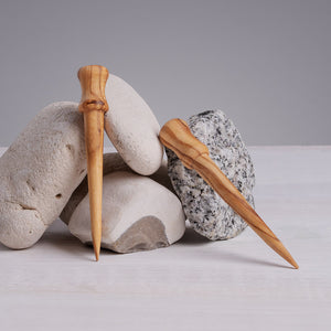 """Reusable pigment & oil applicator sustainably hand-carved out of olivewood - 3"""" long"""
