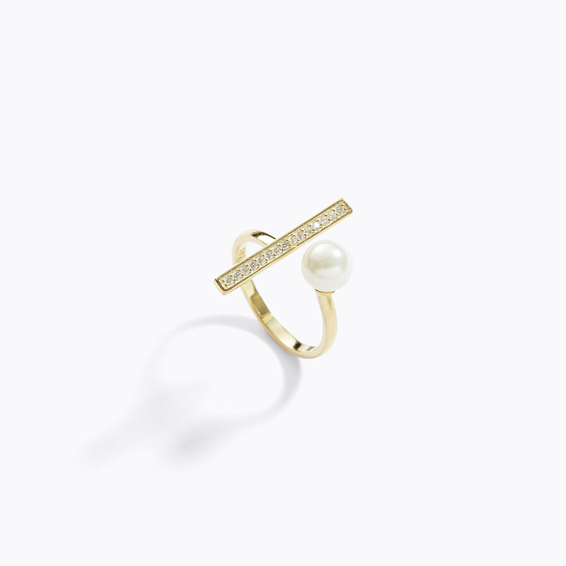 Gold-Toned Pearl & Bar Ring