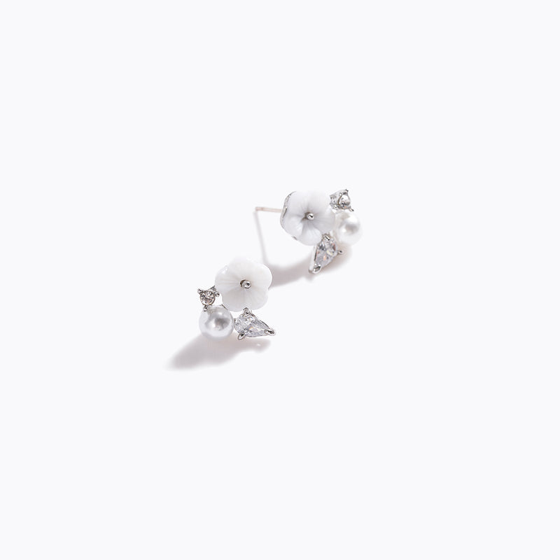 Clear CZ & Pearl & Sakura Earrings