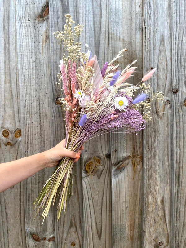 The 'Melodie'  Dried Flower arrangement 🌼🌸