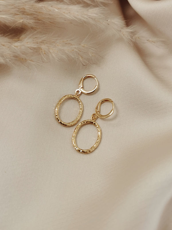 Oval Hammered Hoops - 14k Gold Plated Huggie earrings
