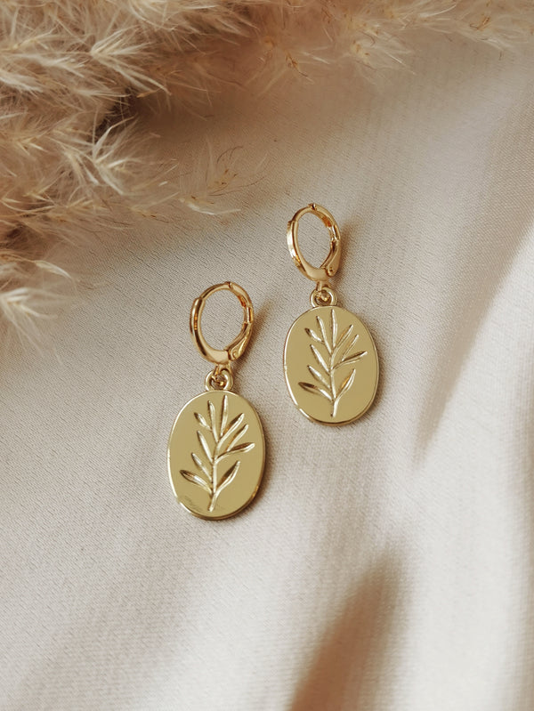 Fleur - 14k Gold Plated Huggie earrings