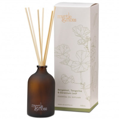 Myrtle & Moss room diffuser