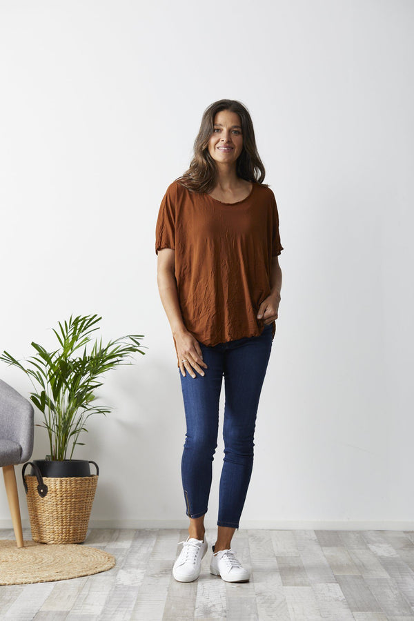 Vigorella Mesh Oversized Stepped Hem Tee - Rust