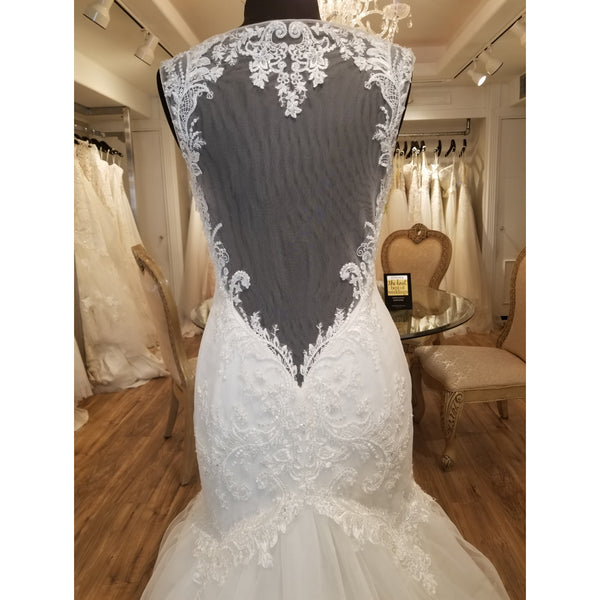 2237 Daffodil by Casablanca Bridal