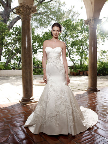 2025 by Casablanca Bridal