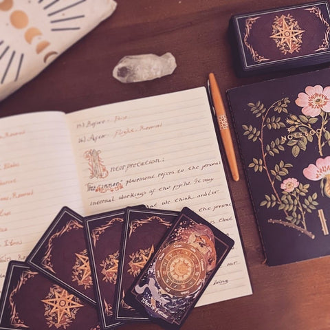 How to write in your tarot journal
