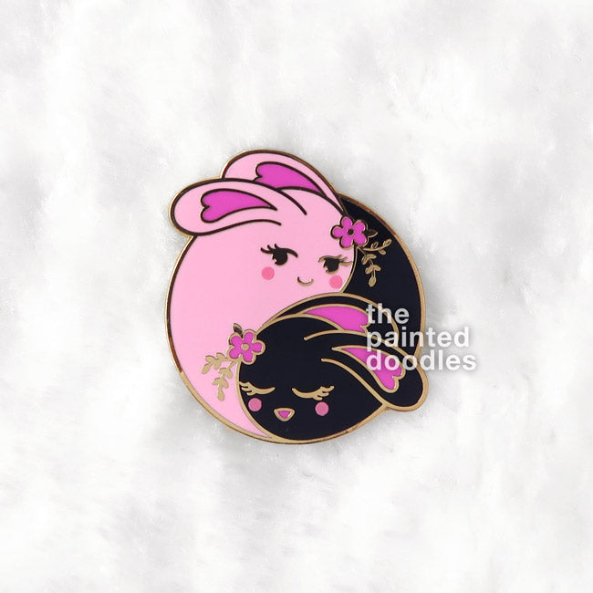 Love Buns Enamel Pin: Black