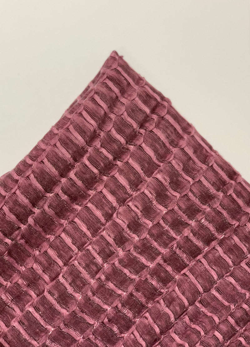 Dusty Pink Textured Stripe Hijab Online