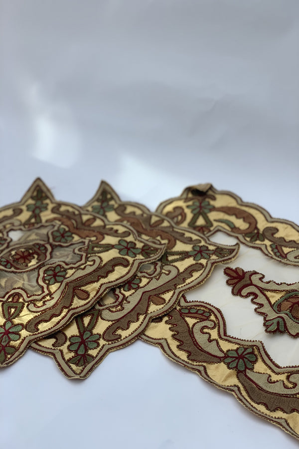 Gold Velvet Table Runner set (3pcs)