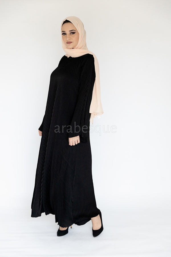 Black Pleated Makhmal Abaya