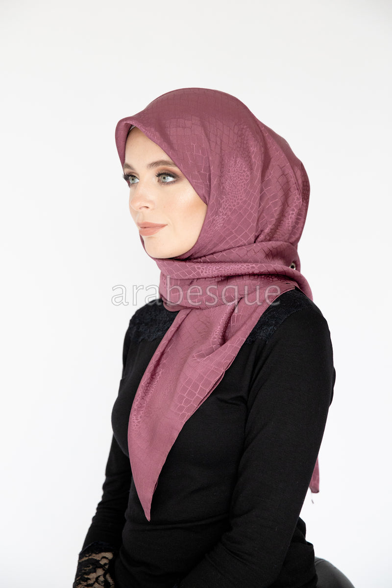Sadeh Square Hijab in Mauve