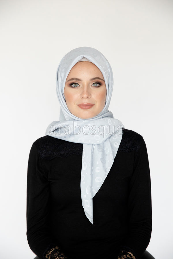 Seashell Square Hijab