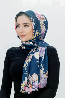 Zuhoor Long Hijab In Navy