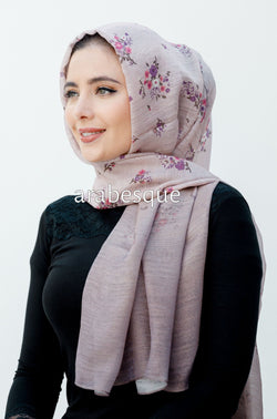 Ombre Glistened Flower Hijab in Lilac