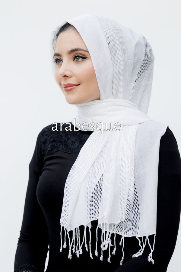 Light Pashmina Hijab in Ivory
