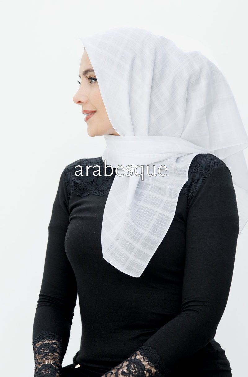 White Crosshatch Square Hijab - Small