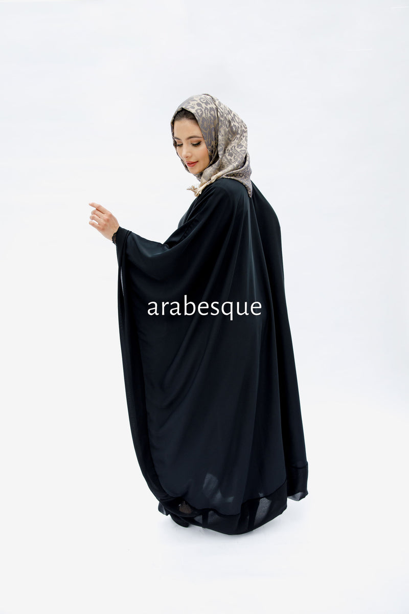 Black Closed Batwing Abaya