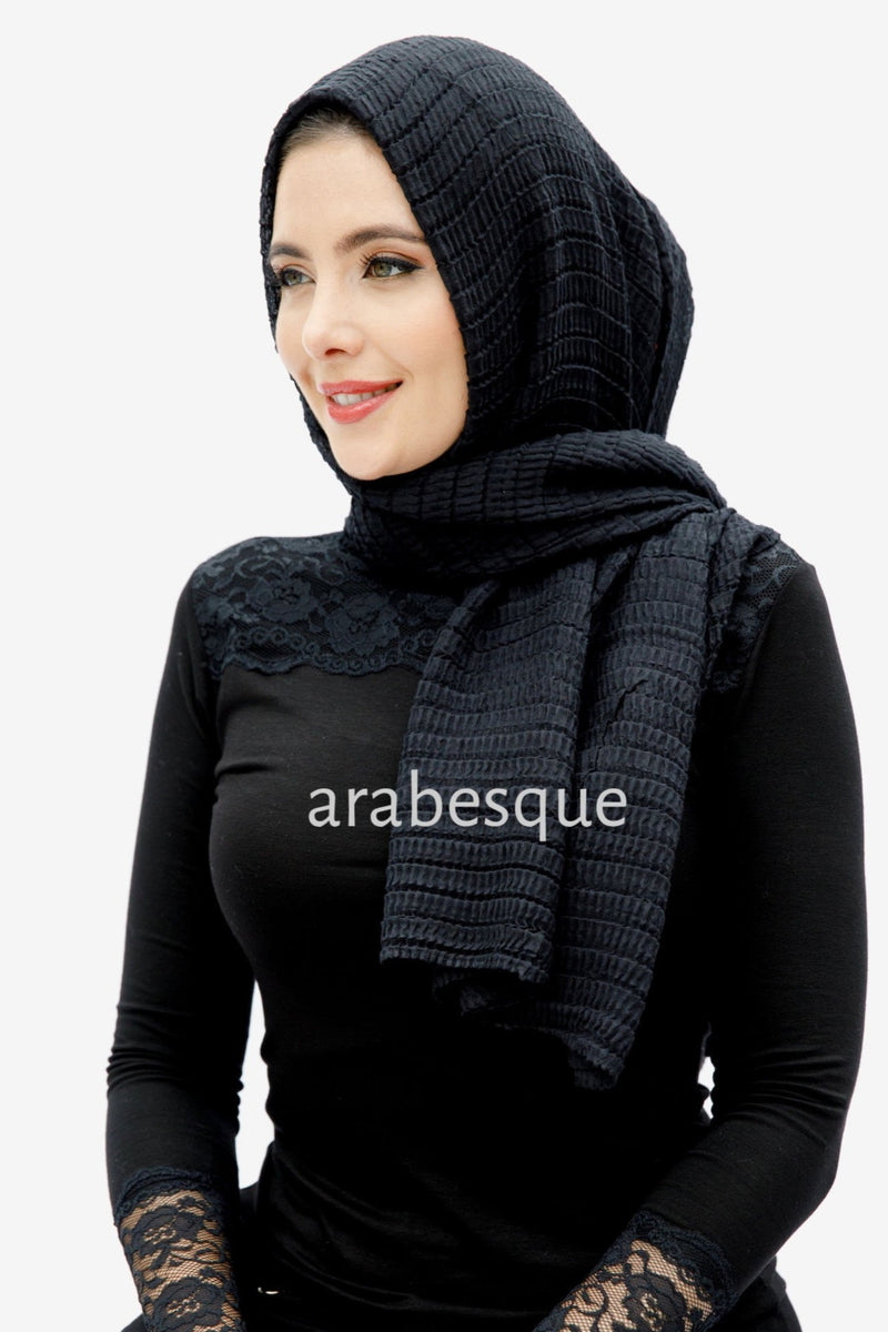 Viscose/Cotton Blend Ripple Hijab in Black