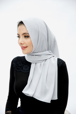 Plain Crinkle Georgette Hijab in Light Grey