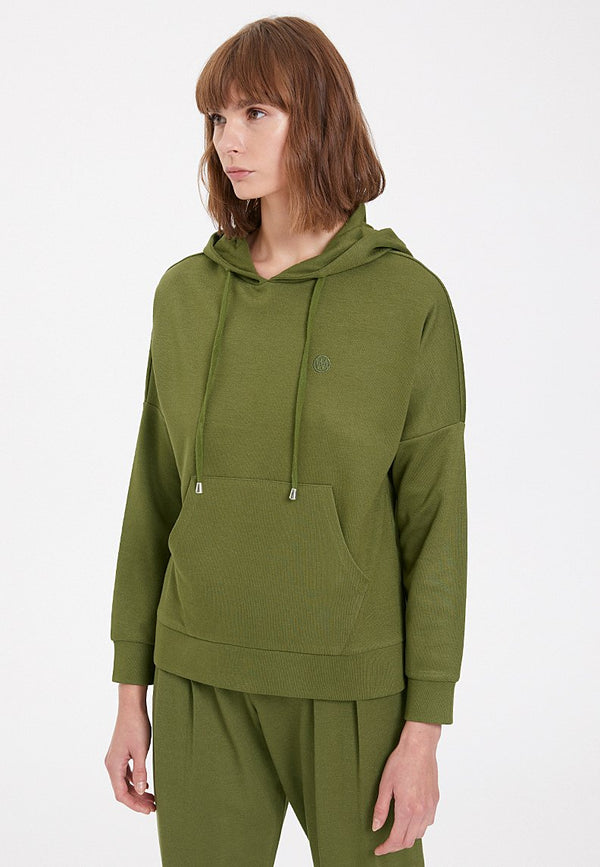ESSENTIALS RELAXED HOODIE in Capulet Olive