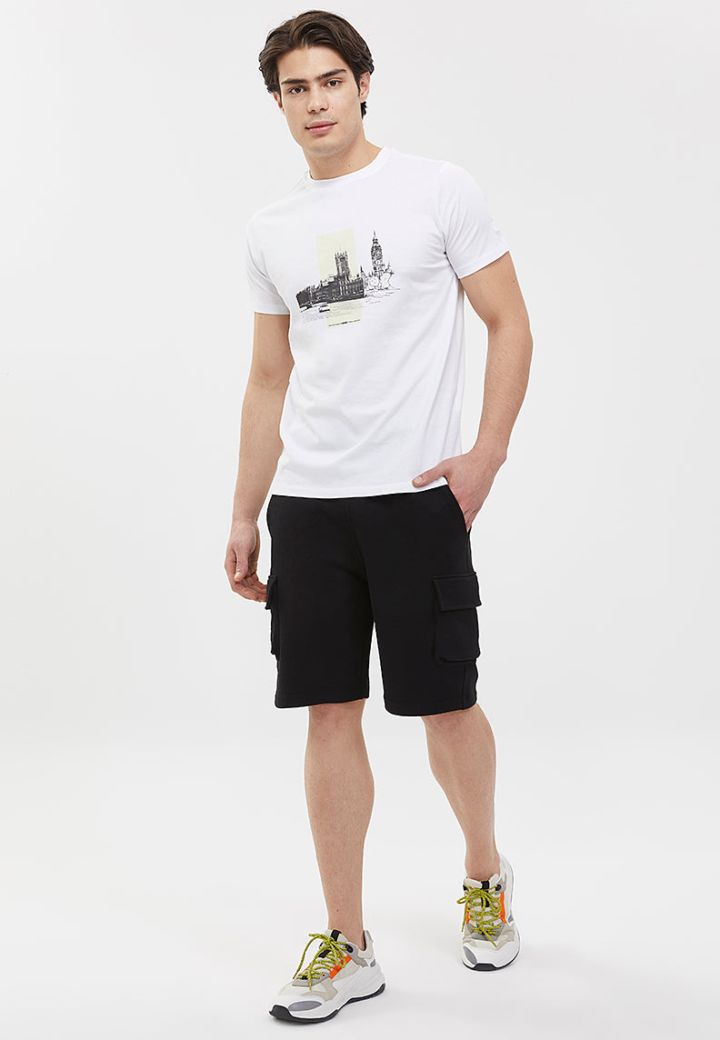 ESSENTIALS SHORT w/Pocket in Black