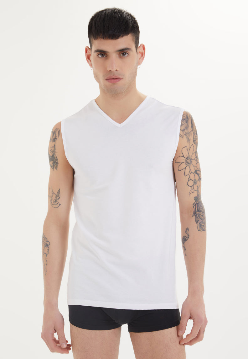 SLEEVELESS V-NECK in White