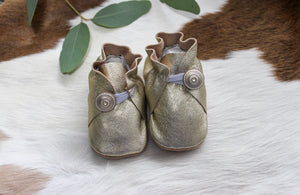 Baby Shoes Vintage Gold with Button - CB020
