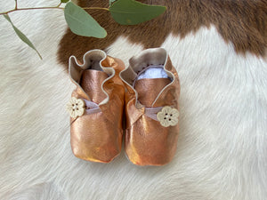 Baby Shoes Rose Gold with Button - CB023