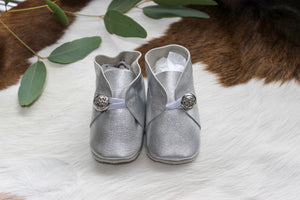 Baby Shoes Silver with Button - CB012