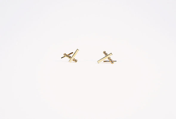 Modern minimal 14K gold diamond earrings