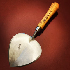 Sneeboer Old Dutch Planting Trowel available and in stock at Tinker and Fix