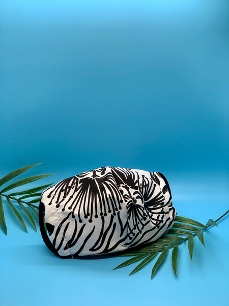 Hawaiian Black and White  Mask - KDesign Fitness